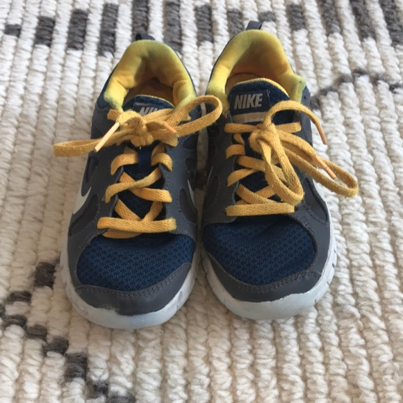 best sneakers 13888 94cf9 Select Size to Continue. M 5d0a83ddaa7ed31a06054a6d. 11 (Toddler Boy)